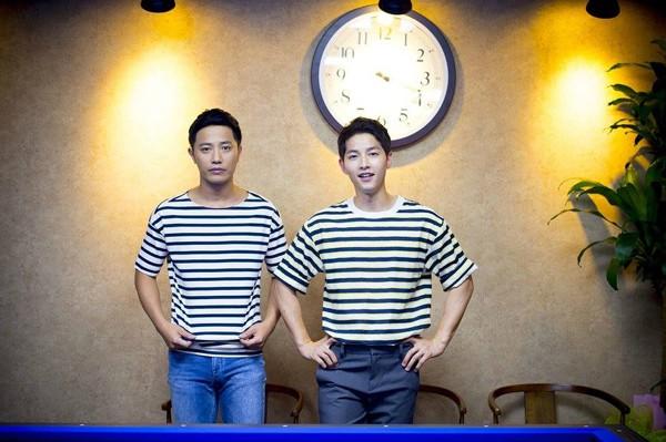 Đặt chồng của 3 mỹ nhân Song Hye Kyo, Kim Tae Hee, Jeon Ji Hyun lên bàn cân: Chênh lệch từ gia thế tới ngoại hình - Ảnh 4.