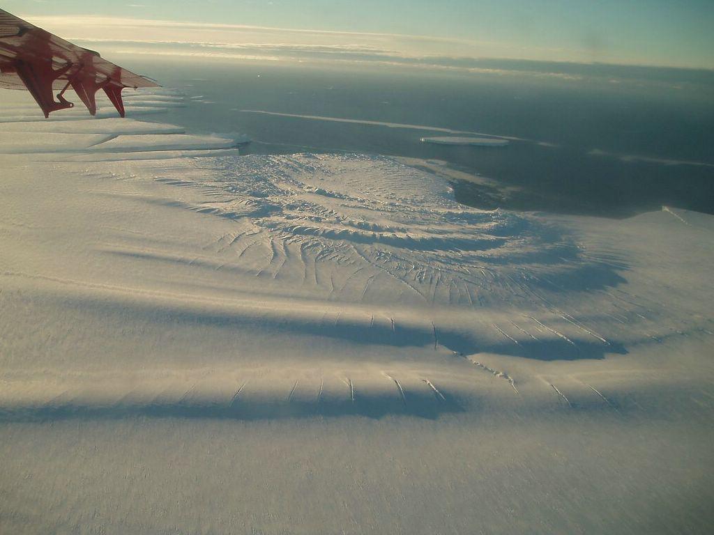 Nam Cực chuẩn bị đẻ cho nhân loại một đứa con to gấp đôi cả thành phố New York - Ảnh 3.