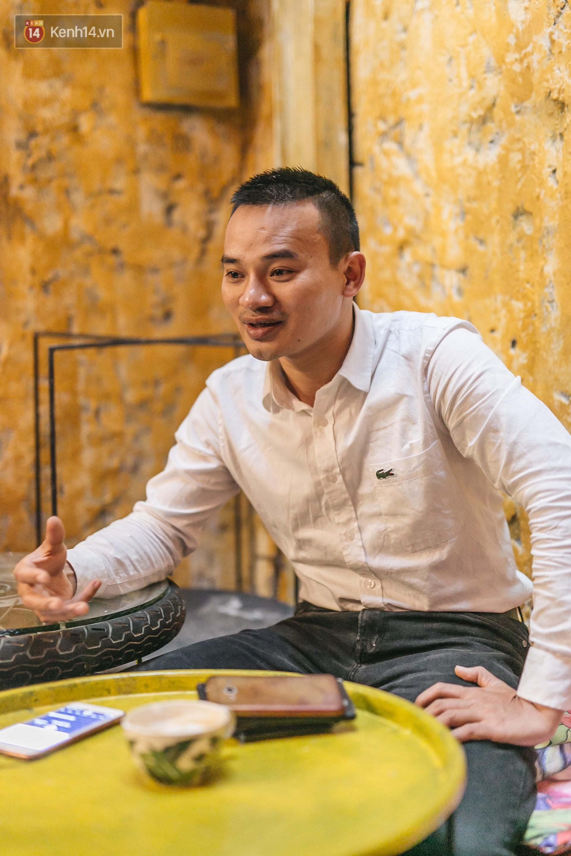 Chuyện chàng trai lớn lên từ ngôi làng ung thư quyết tâm tạo một quán cafe từ hàng nghìn đồ tái chế giữa phố cổ Hà Nội - Ảnh 6.
