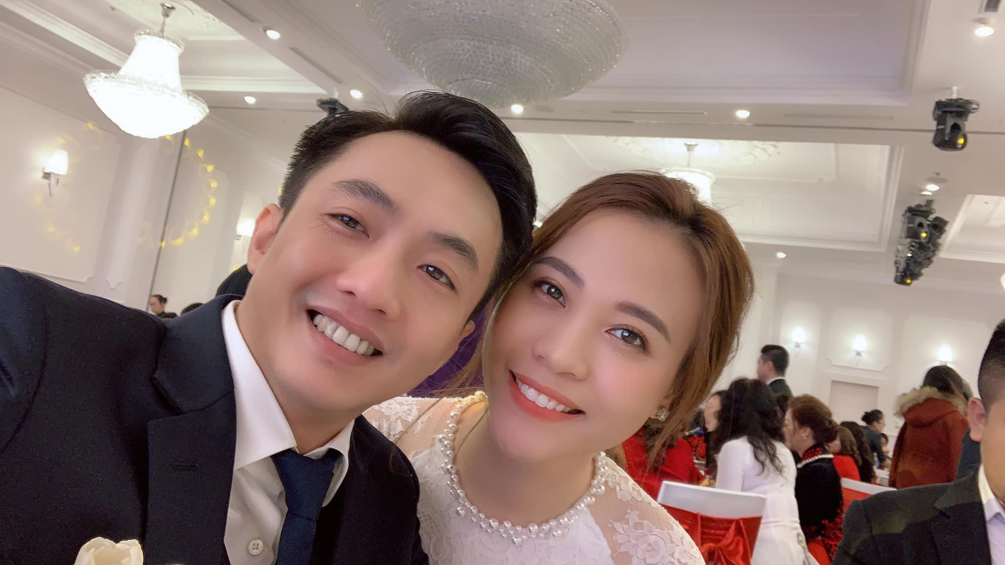 Hé lộ thêm ảnh cưới đơn giản của Cường Đô La và Đàm Thu Trang trước ngày trọng đại? - Ảnh 2.