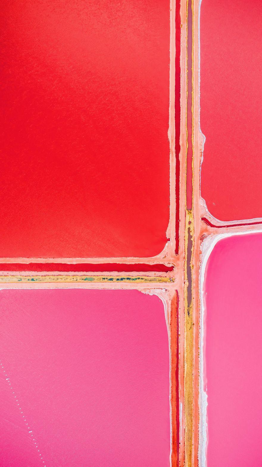 Tương truyền rằng chàng trai nào dẫn bạn gái đến hồ nước màu hồng siêu ảo này sẽ được cô ấy yêu trọn đời - Ảnh 15.