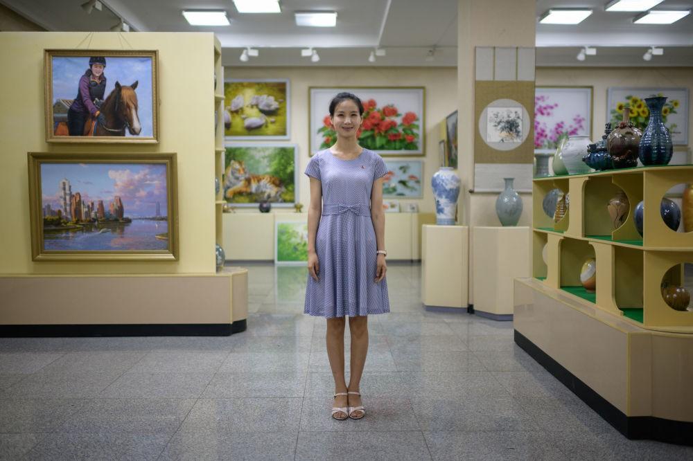Ngắm vẻ đẹp vừa dịu dàng vừa mạnh mẽ của các bóng hồng Triều Tiên trong những bức ảnh đời thường - Ảnh 6.