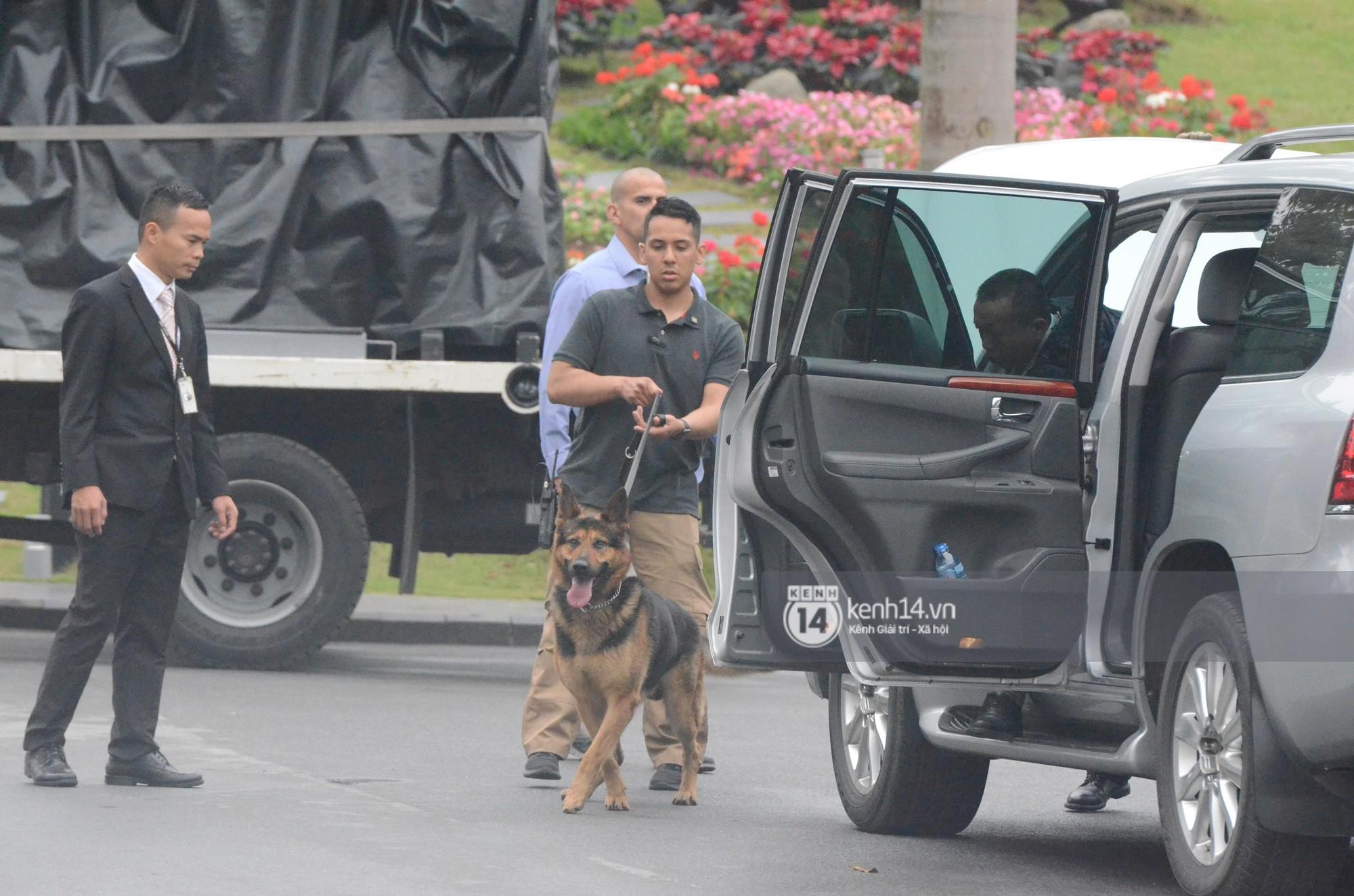An ninh tại khách sạn Marriott được thắt chặt, TT Trump chuẩn bị lên đường gặp gỡ Tổng bí thư, Chủ tịch nước Nguyễn Phú Trọng - Ảnh 8.