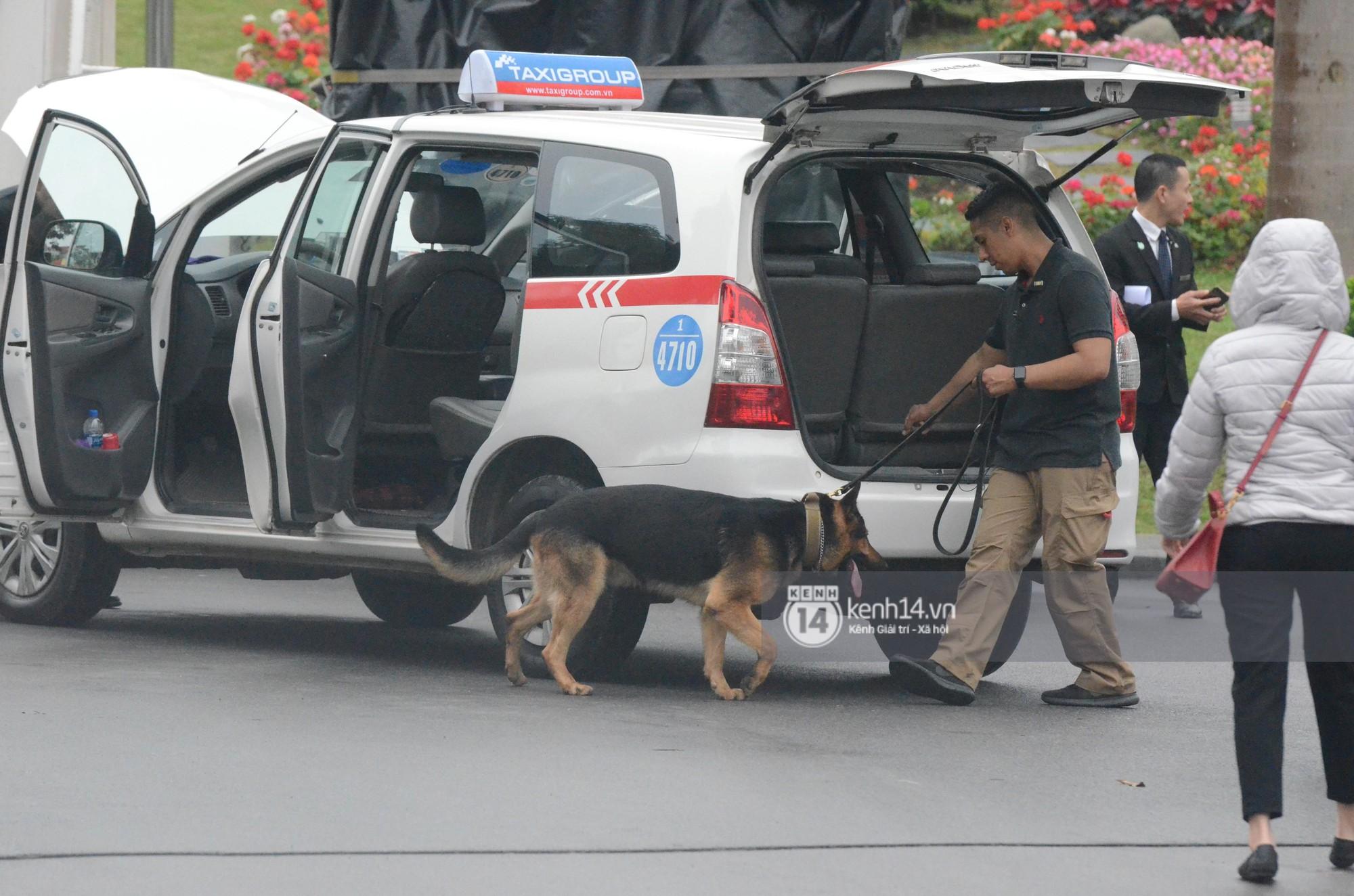 An ninh tại khách sạn Marriott được thắt chặt, TT Trump chuẩn bị lên đường gặp gỡ Tổng bí thư, Chủ tịch nước Nguyễn Phú Trọng - Ảnh 7.