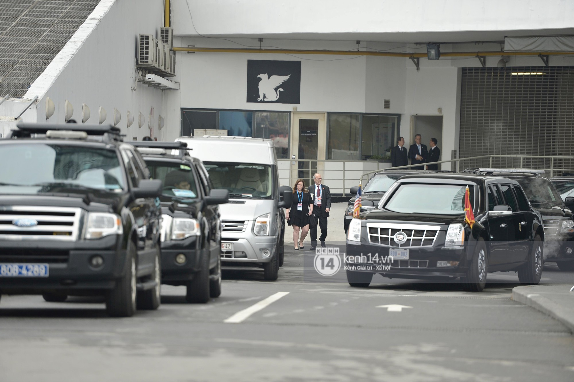 An ninh tại khách sạn Marriott được thắt chặt, TT Trump chuẩn bị lên đường gặp gỡ Tổng bí thư, Chủ tịch nước Nguyễn Phú Trọng - Ảnh 2.