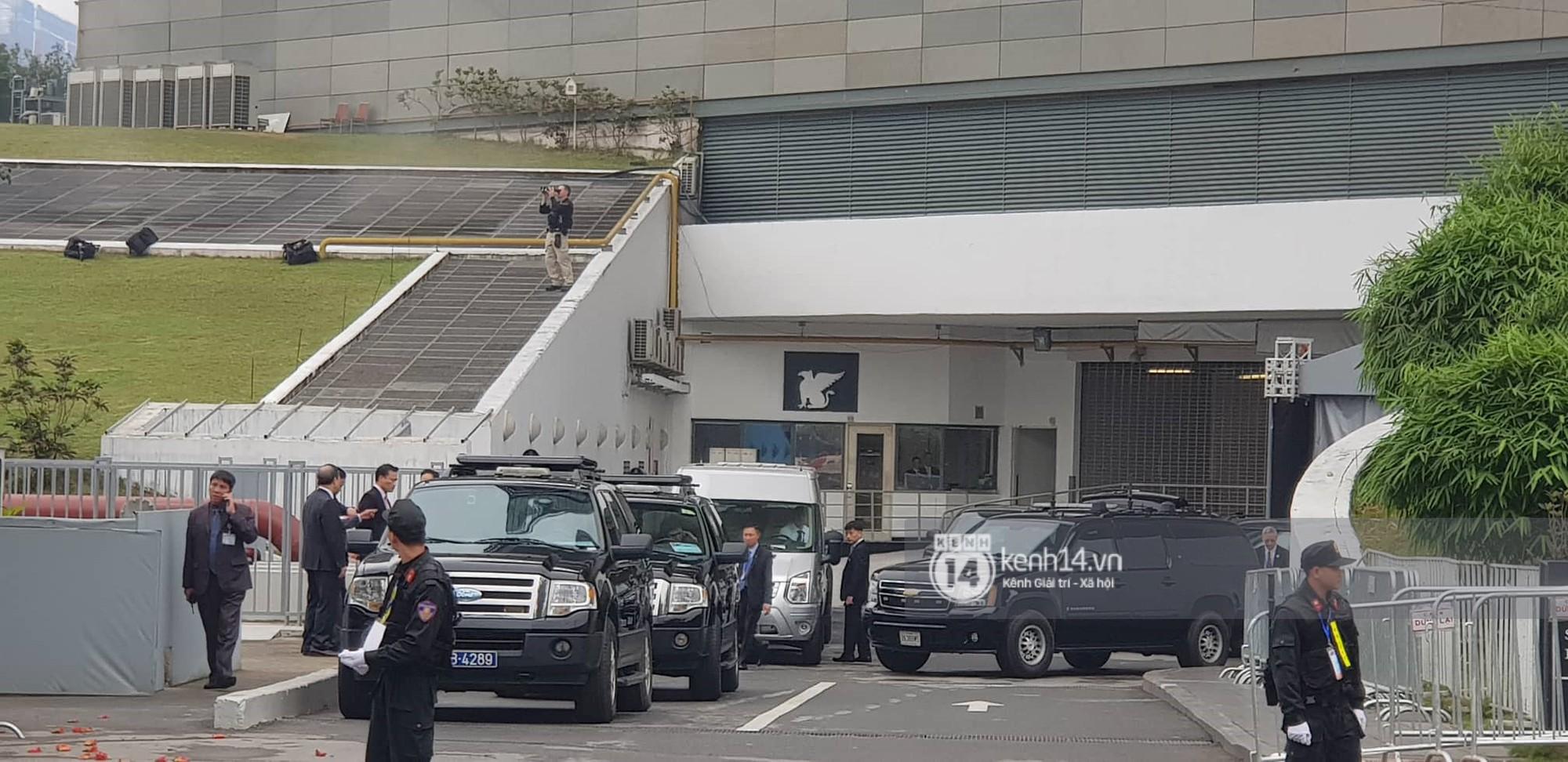An ninh tại khách sạn Marriott được thắt chặt, TT Trump chuẩn bị lên đường gặp gỡ Tổng bí thư, Chủ tịch nước Nguyễn Phú Trọng - Ảnh 3.