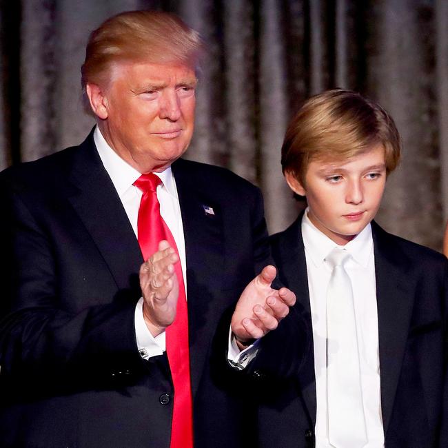 Đã tìm ra câu trả lời cho diện mạo xuất chúng của cậu út nhà Trump: Tất cả là nhờ thừa hưởng hết nét đẹp của bố - Ảnh 16.