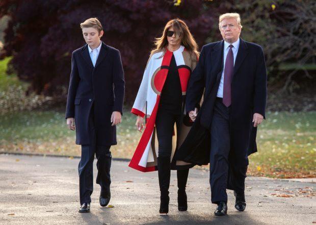 Đã tìm ra câu trả lời cho diện mạo xuất chúng của cậu út nhà Trump: Tất cả là nhờ thừa hưởng hết nét đẹp của bố - Ảnh 11.