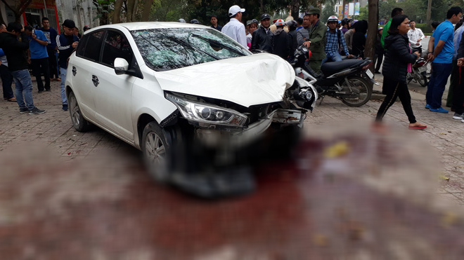 He went to a medical examination, suddenly a car died and died. - Photo 1