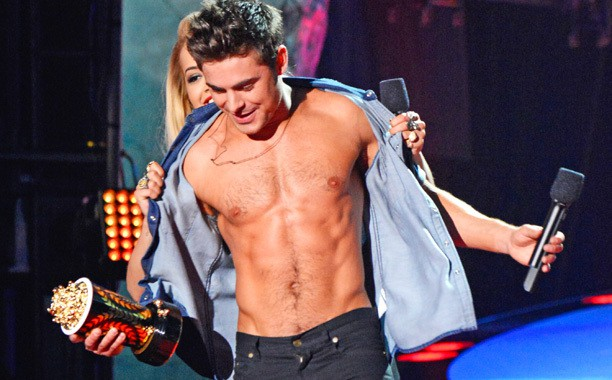 Put an old friend Justin Bieber and Zac Efron from Selena to his weight weight: Truth, love, job is swept away - Picture 5.