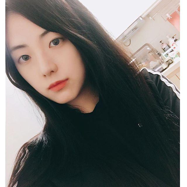 Anh chị em ngoài showbiz của nam, nữ thần châu Á: Người như minh tinh, kẻ kém sắc, khó tin nhất là em Song Joong Ki - Ảnh 11.