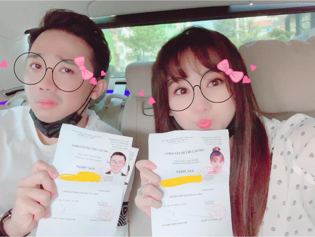 Bất ngờ đăng giấy kiểm tra tâm thần, vợ chồng Hari Won - Trấn Thành khiến fan mừng hụt vì tưởng kết quả là...? - Ảnh 1.
