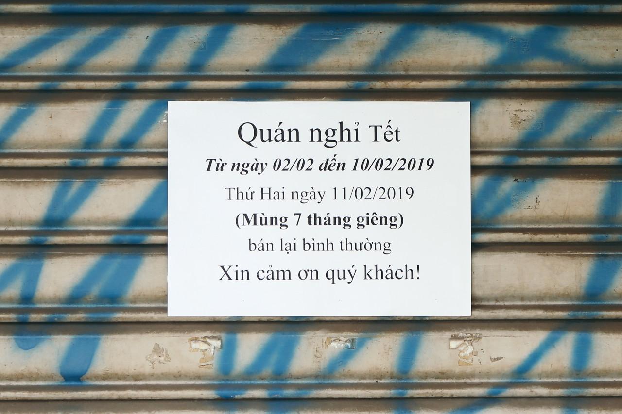 Đây là khoảnh khắc khiến bạn nhận ra Sài Gòn đã chuyển từ đón Tết sang ăn Tết: Quán xá đóng cửa hàng loạt, phố phường bình yên chậm rãi - Ảnh 14.