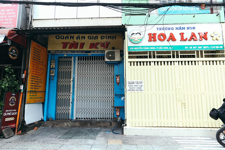 Đây là khoảnh khắc khiến bạn nhận ra Sài Gòn đã chuyển từ đón Tết sang ăn Tết: Quán xá đóng cửa hàng loạt, phố phường bình yên chậm rãi - Ảnh 5.