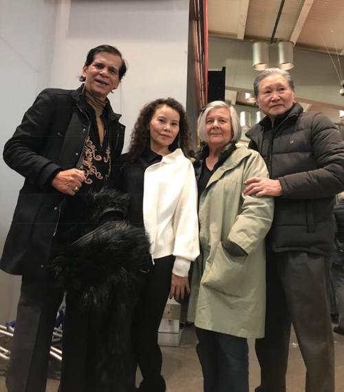Kim Lý xuất hiện tình cảm cùng Hà Hồ trong bữa tiệc Tất niên gia đình cuối năm - Ảnh 2.