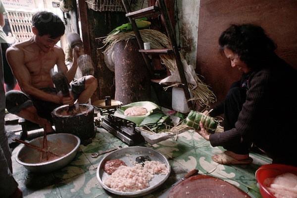 Khám phá Hà Nội ngày Tết những năm 90 qua lăng kính phóng viên nước ngoài - Ảnh 7.