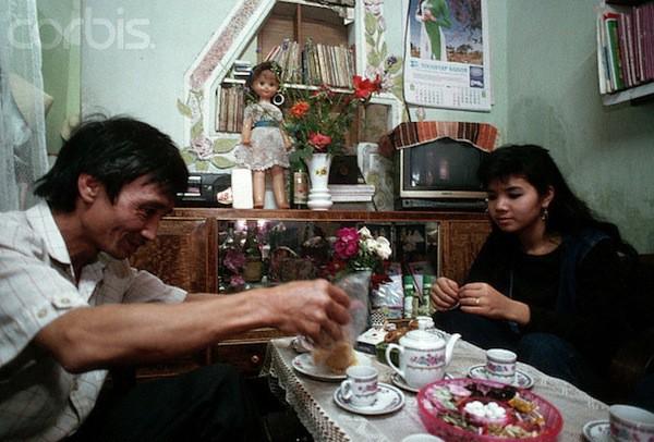 Khám phá Hà Nội ngày Tết những năm 90 qua lăng kính phóng viên nước ngoài - Ảnh 11.