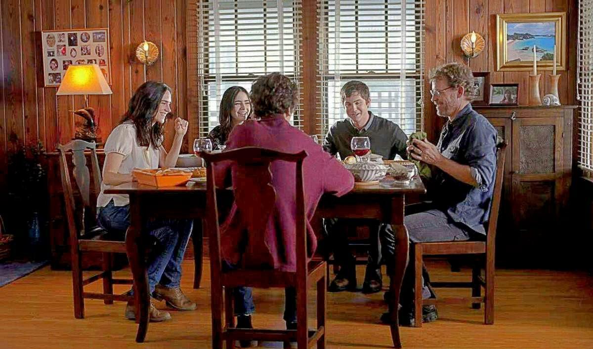 5 bộ phim về tình cảm gia đình sẽ khiến bạn chỉ muốn bắt xe về nhà ngay lập tức! - Ảnh 4.