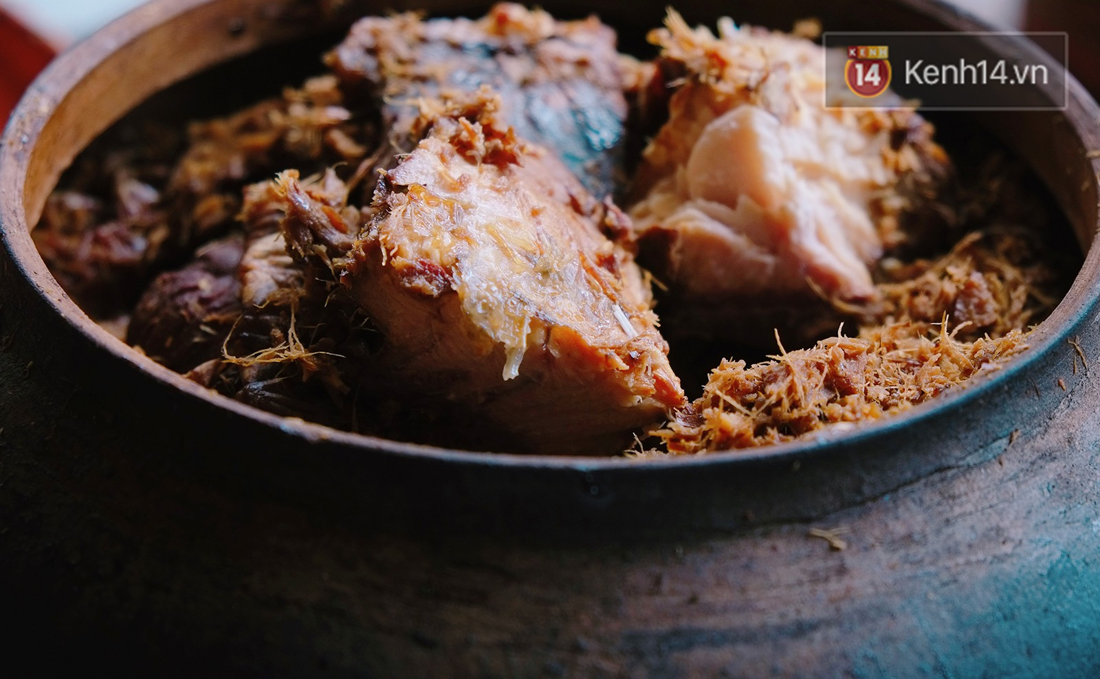 Đập hộp niêu cá kho có giá 1,2 triệu đồng và đây là những lý do khiến món cá kho này đắt đỏ như vậy - Ảnh 6.