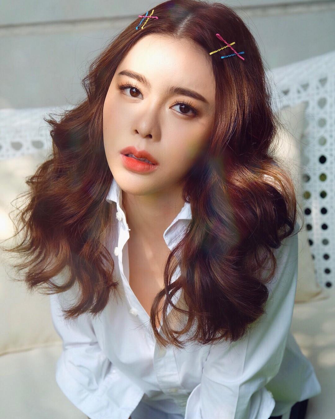 Top 10 mỹ nhân đẹp nhất đài truyền hình quyền lực Thái Lan: Toàn 9X đắt giá nhưng vẫn bị chị đại quyền lực vượt mặt - Ảnh 1.
