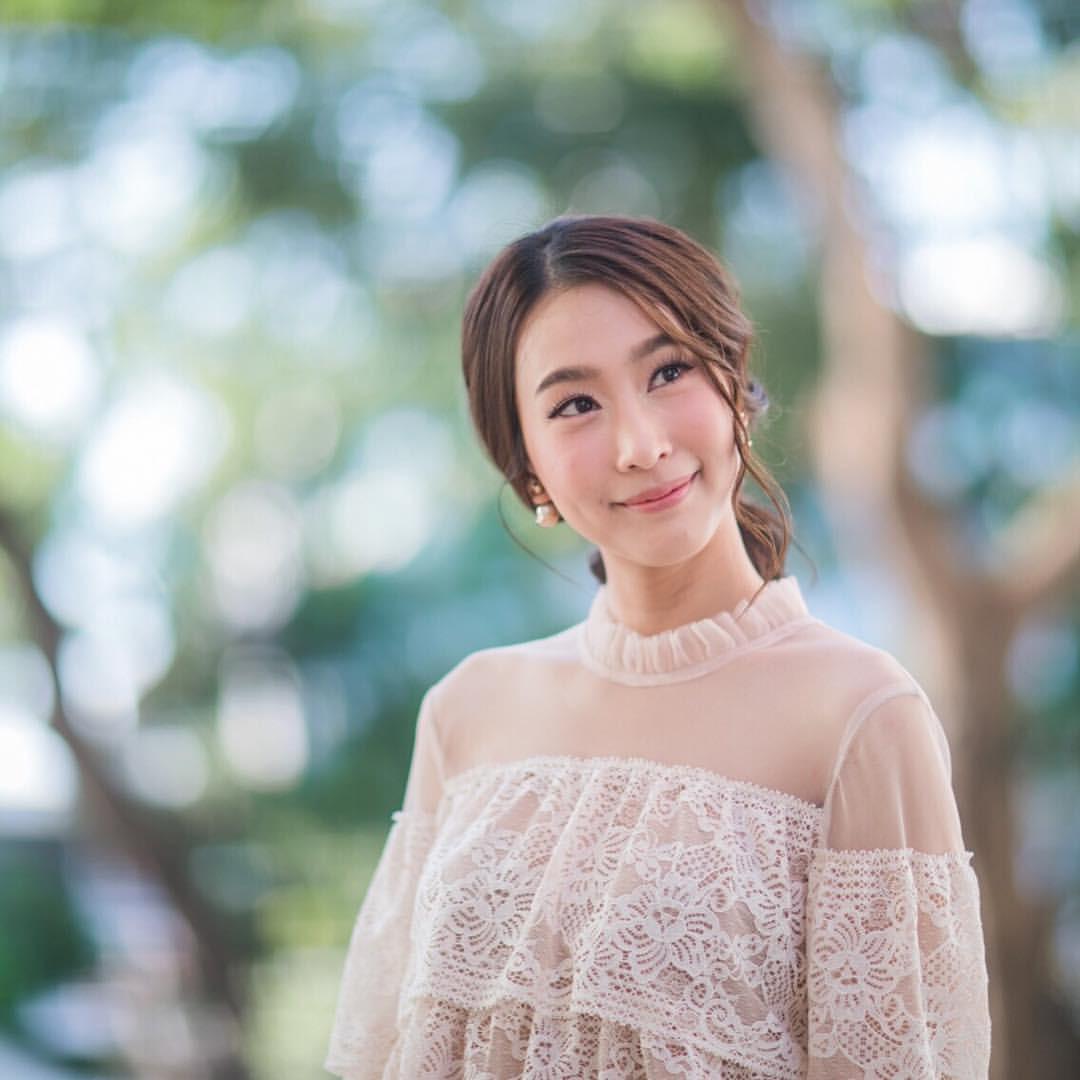 Showbiz Thái toàn các thánh ngoại ngữ: Người nói tận 6 thứ tiếng, Hoa hậu bất ngờ bắn tiếng Việt cực sõi - Ảnh 29.