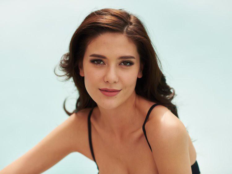 Showbiz Thái toàn các thánh ngoại ngữ: Người nói tận 6 thứ tiếng, Hoa hậu bất ngờ bắn tiếng Việt cực sõi - Ảnh 10.
