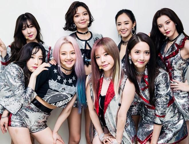 SNSD, BTS và dàn sao Hàn đồng loạt chúc Tết: Người bận bịu vẫn chụp ảnh tặng fan, người diện hanbok đón Xuân - Ảnh 8.
