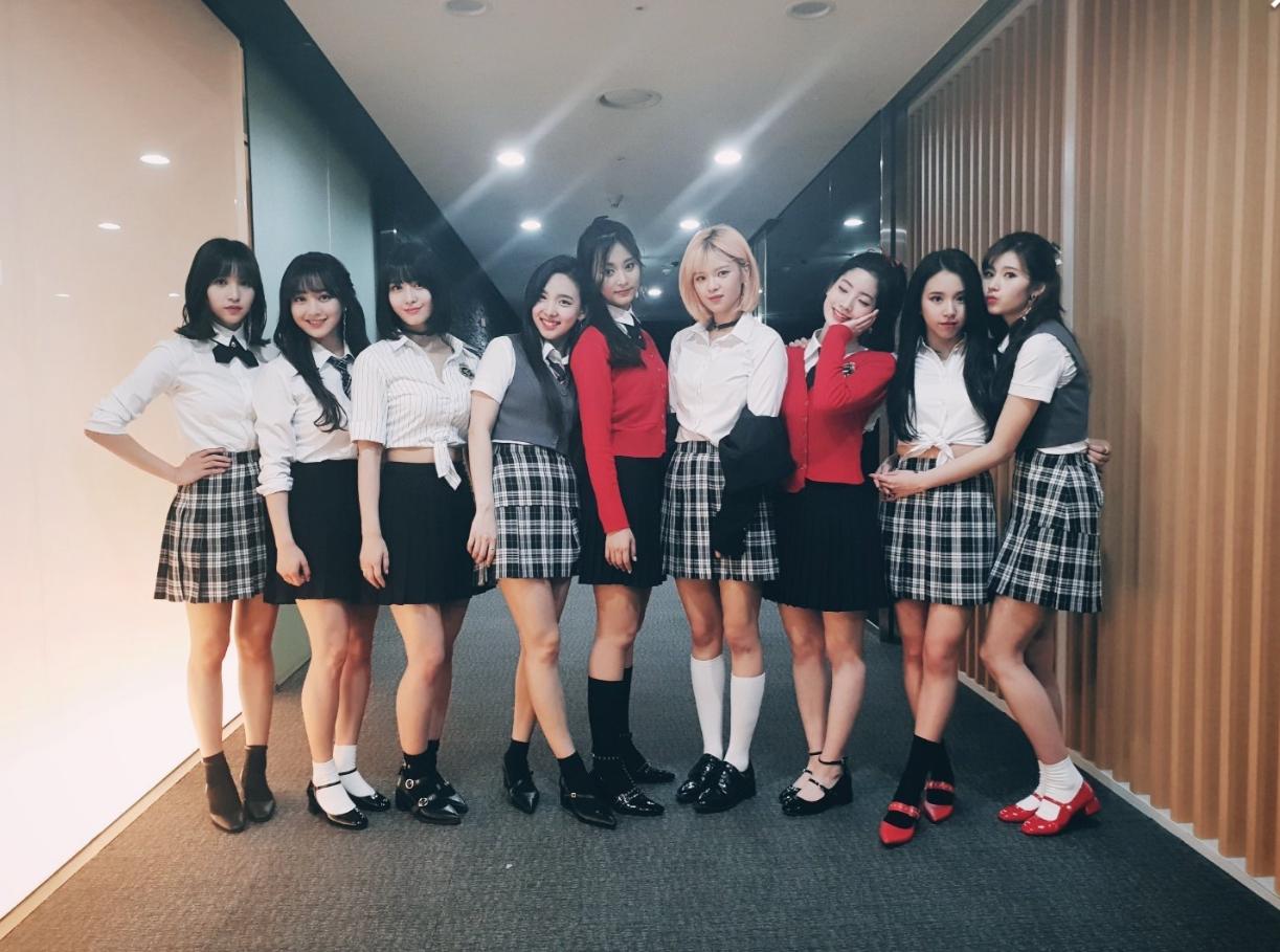 Nhìn lại 8 cột mốc đáng nhớ trong năm 2018 giúp các nhóm nhạc nữ Kpop toả sáng rực rỡ hơn bao giờ hết - Ảnh 13.