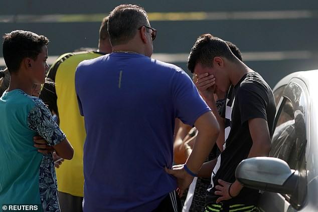 Hỏa hoạn lúc rạng sáng khiến 10 cầu thủ trẻ thiệt mạng ở Brazil - Ảnh 3.