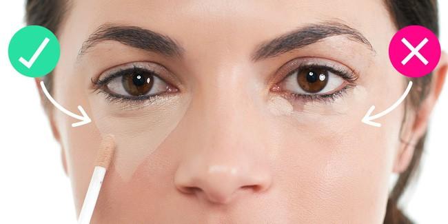 Để trẻ trung và rạng rỡ hơn trong dịp Tết này, bạn đừng quên áp dụng một thủ thuật khi che quầng thâm mắt - Ảnh 2.