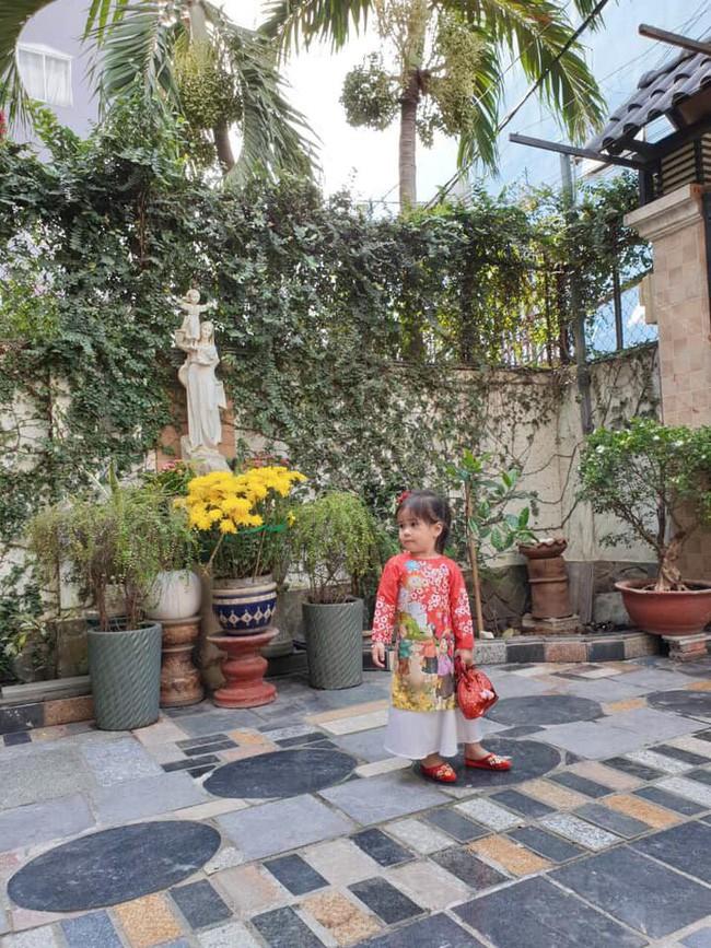 Nào có thua người lớn, nhóc tỳ nhà sao Việt cũng xúng xính diện áo dài, nổi nhất là mẹ con Thu Thảo và Hà Anh - Ảnh 14.