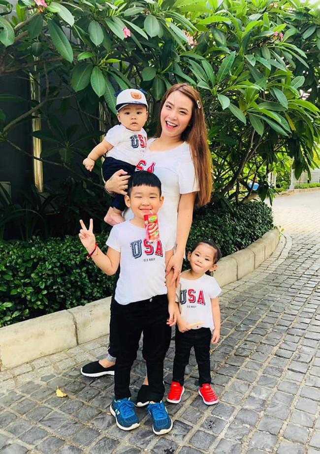 Nào có thua người lớn, nhóc tỳ nhà sao Việt cũng xúng xính diện áo dài, nổi nhất là mẹ con Thu Thảo và Hà Anh - Ảnh 16.