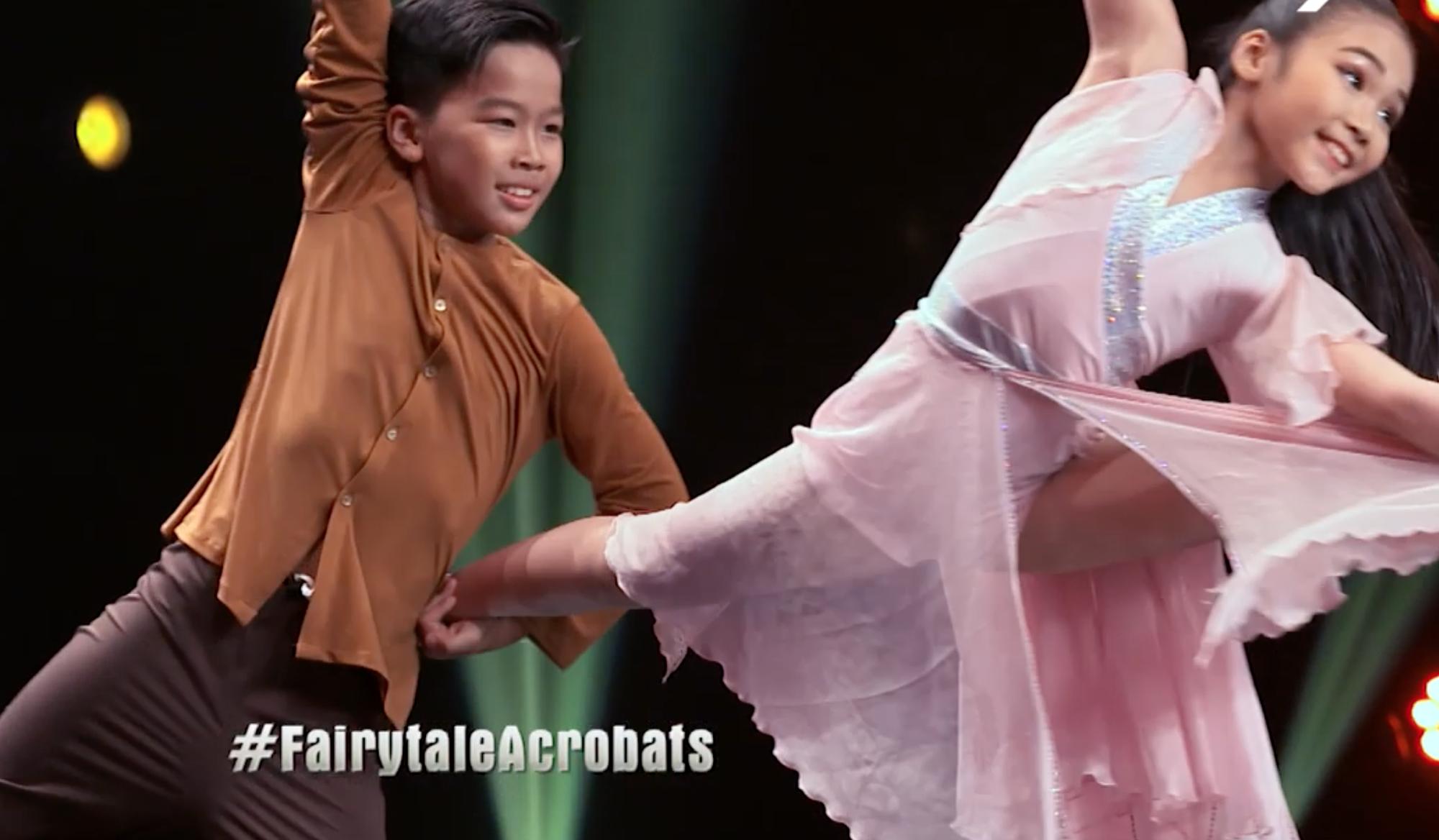 Cặp đôi nhí Việt Nam khiến các giám khảo Asias Got Talent cười tít mắt vì quá đáng yêu - Ảnh 5.