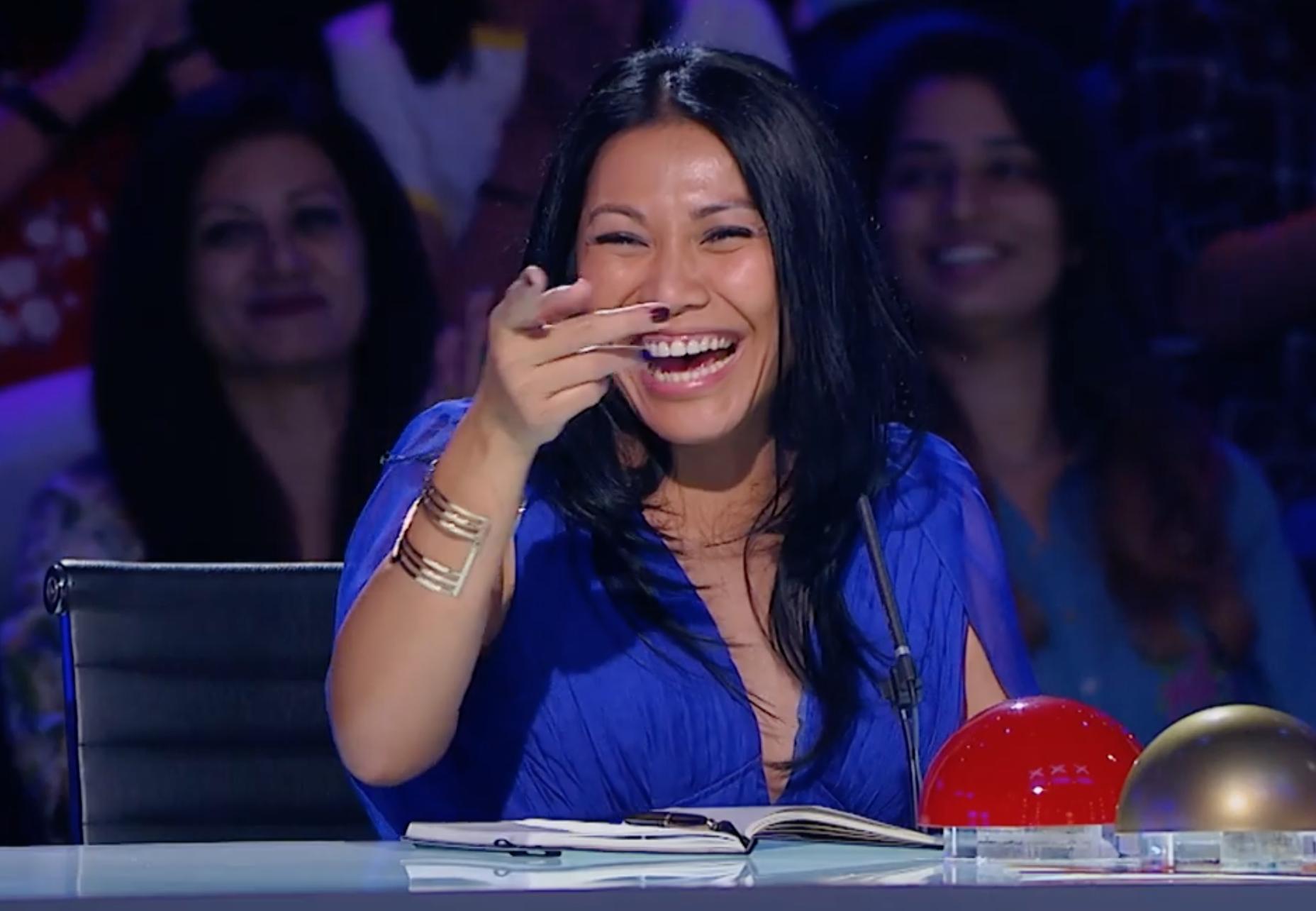 Cặp đôi nhí Việt Nam khiến các giám khảo Asias Got Talent cười tít mắt vì quá đáng yêu - Ảnh 7.