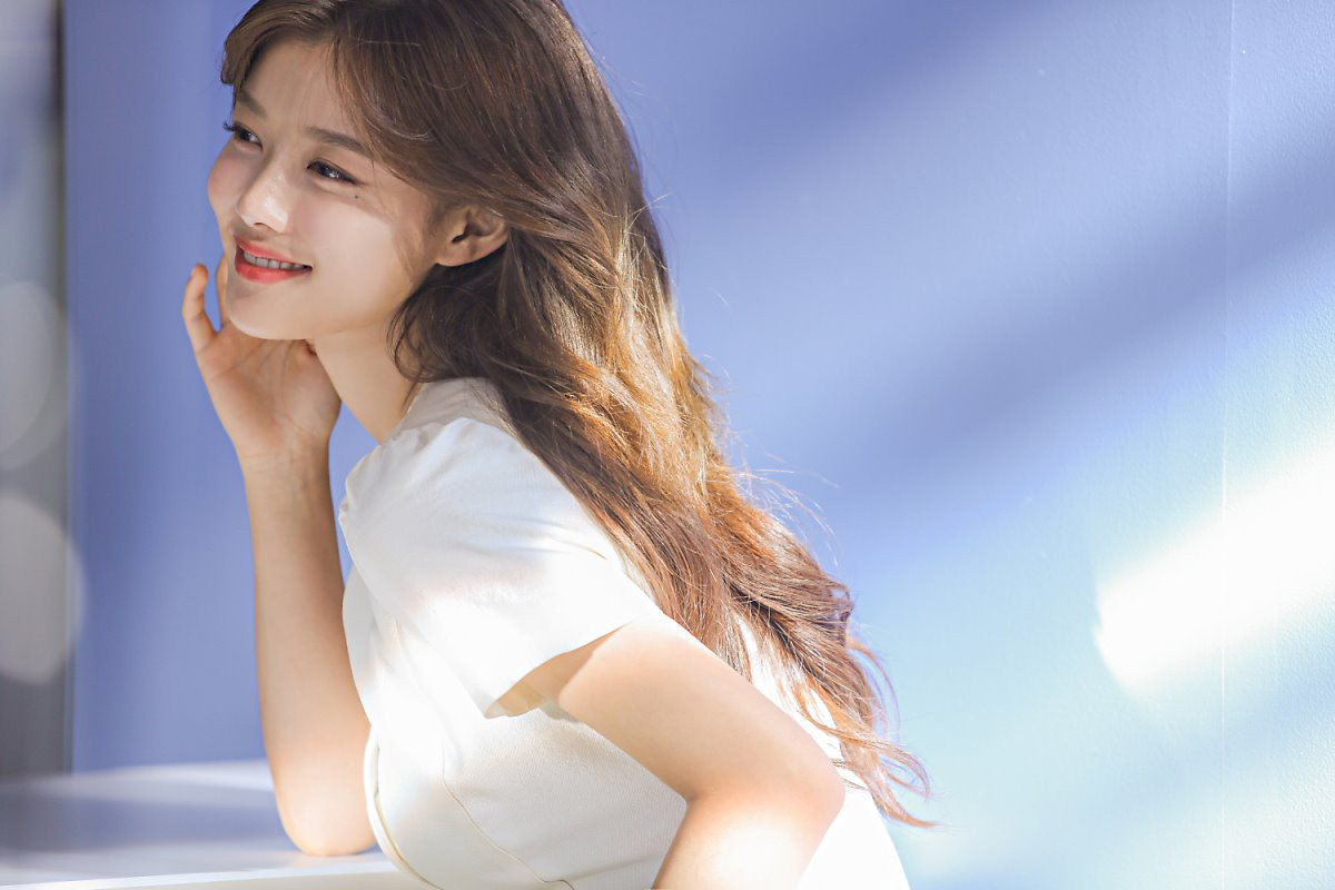 Kim Yoo Jung 20 tuổi xinh đẹp đến nữ thần cũng phải kiêng dè - Ảnh 7.