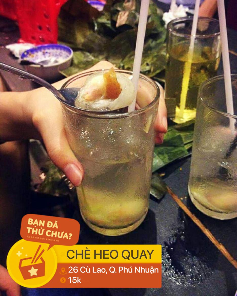 Sài Gòn có những món tráng miệng kết hợp mặn ngọt rất độc đáo, có món còn bỏ cả thịt heo quay vào chè - Ảnh 4.