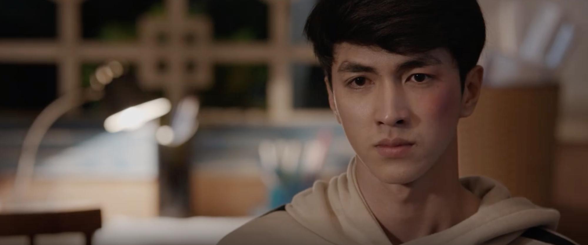 Bệnh cũ tái phát, NSƯT Chiều Xuân lại ngất khi gặp Lưu Đê Ly trong Chạy Trốn Thanh Xuân - Ảnh 9.
