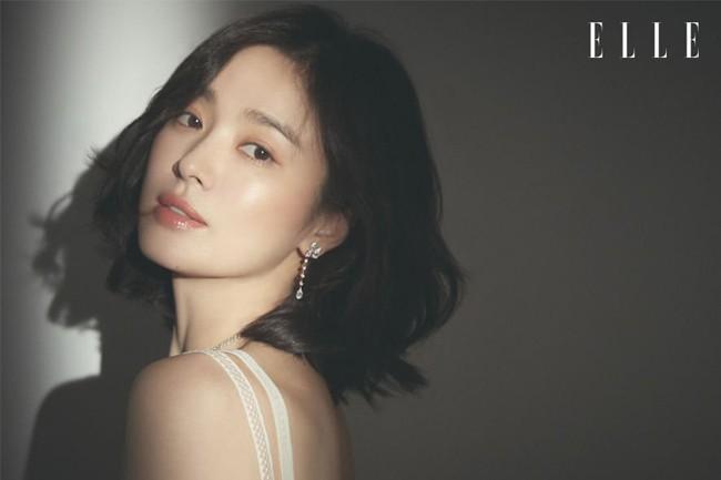 Song Hye Kyo ở bài phỏng vấn mới nhất nói về việc ly hôn Song Joong Ki - Ảnh 2.