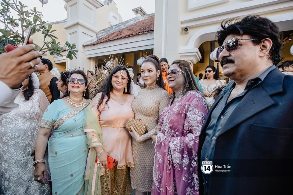 Chùm ảnh: Những khoảnh khắc ấn tượng nhất trong hôn lễ chính thức của cặp đôi tỷ phú Ấn Độ bên bờ biển Phú Quốc - Ảnh 4.