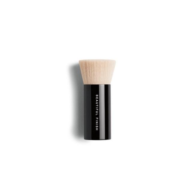 """""""Gia tài"""" đồ makeup của quý cô công sở chỉ cần như túi trang điểm gọn nhẹ của nàng BTV làm đẹp này là quá ổn - Ảnh 2."""