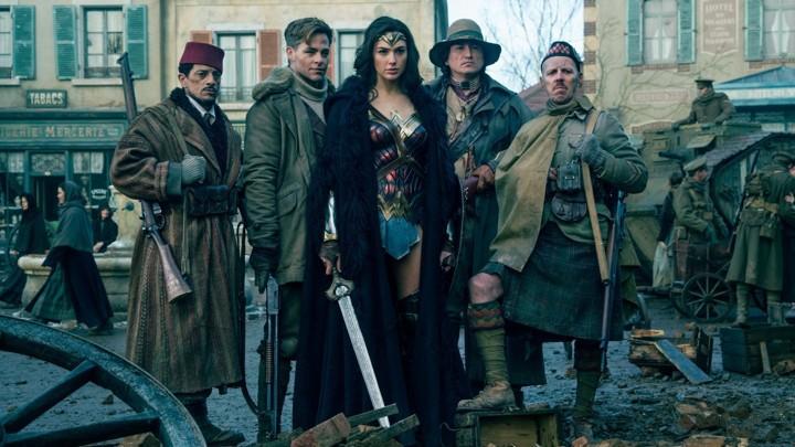 Câu trả lời cho dân ngoại đạo: Captain Marvel hay Wonder Woman thú vị hơn? - Ảnh 12.