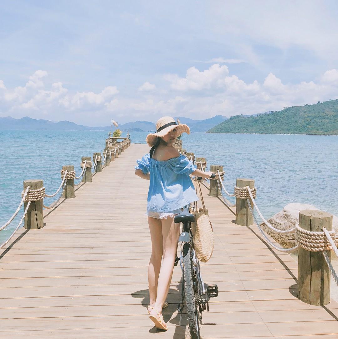 Cứ tưởng là nước ngoài nhưng hoá ra thiên đường trong vắt mà Tóc Tiên vừa check-in lại ở Việt Nam - Ảnh 7.
