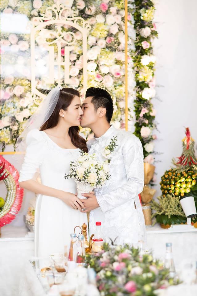 Lê Hà khoe khoảnh khắc thử váy cưới chuẩn bị cho ngày trọng đại với ông xã soái ca - Ảnh 4.