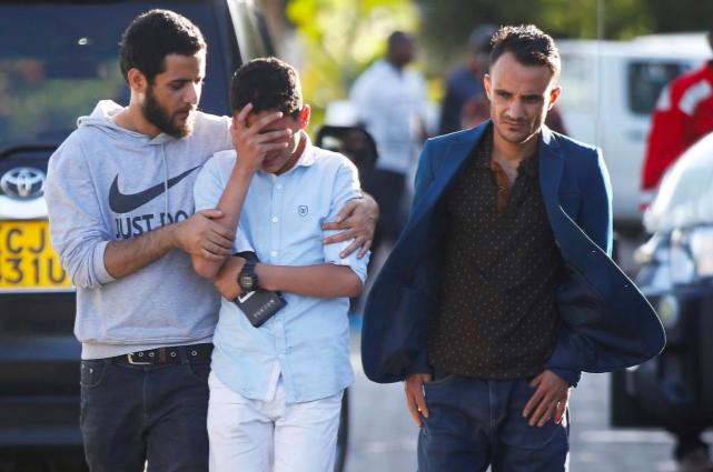 Hiện trường rơi máy bay thảm khốc ở Ethiopia: Thi thể nạn nhân la liệt, khung cảnh tang thương đầy ám ảnh - Ảnh 10.