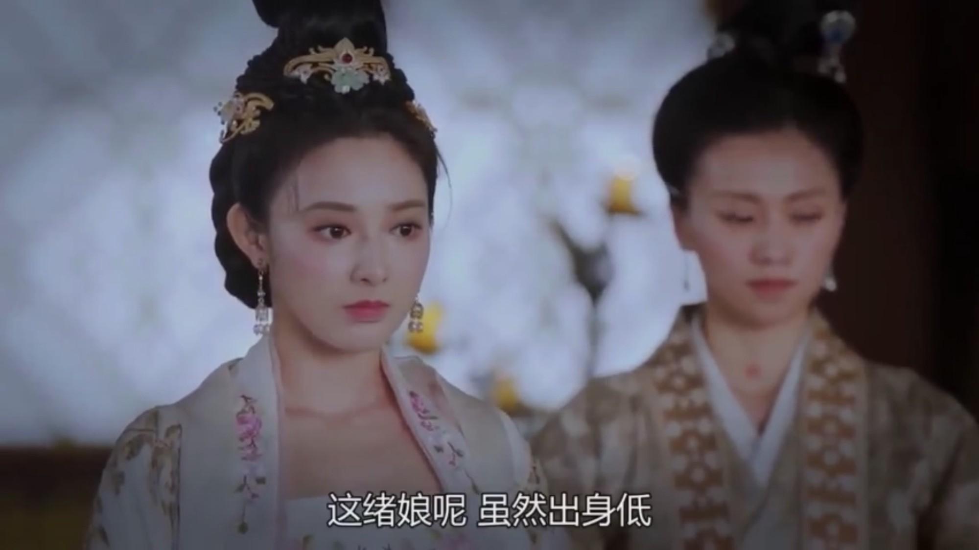 Tiểu Phong cũng quá sốc không biết nói gì.