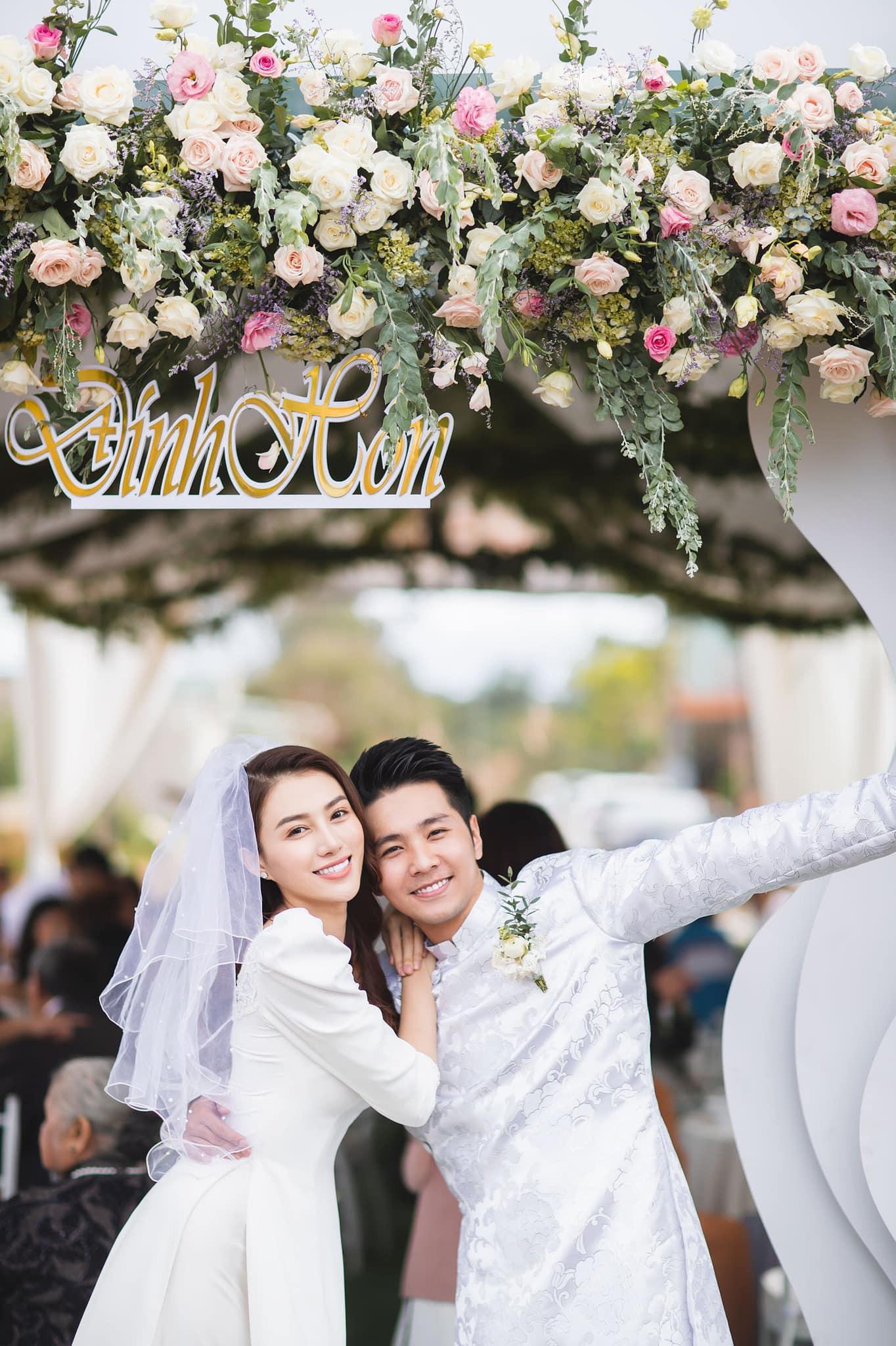 Lê Hà khoe khoảnh khắc thử váy cưới chuẩn bị cho ngày trọng đại với ông xã soái ca - Ảnh 5.