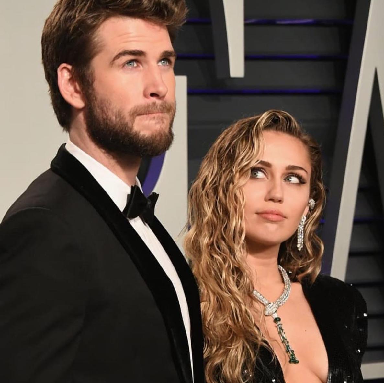 Liam Hemsworth: Tưởng nam chính ngôn tình, ai ngờ là nam phụ bách hợp giữa Miley Cyrus và Ariana Grande - Ảnh 5.