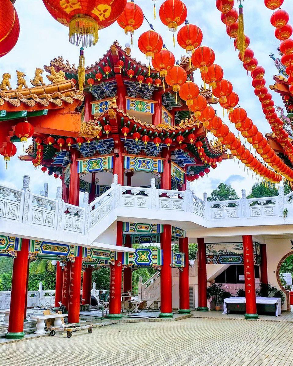 Phát hiện triệu góc check-in thần thánh ở ngôi chùa đèn lồng hot nhất Kuala Lumpur - Ảnh 10.