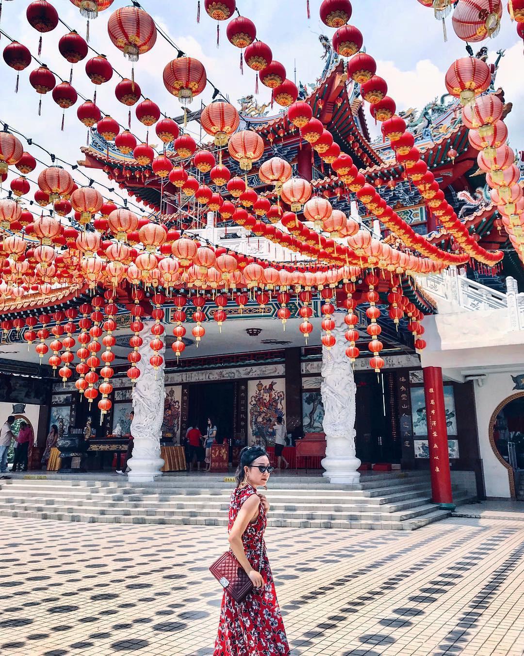 Phát hiện triệu góc check-in thần thánh ở ngôi chùa đèn lồng hot nhất Kuala Lumpur - Ảnh 6.