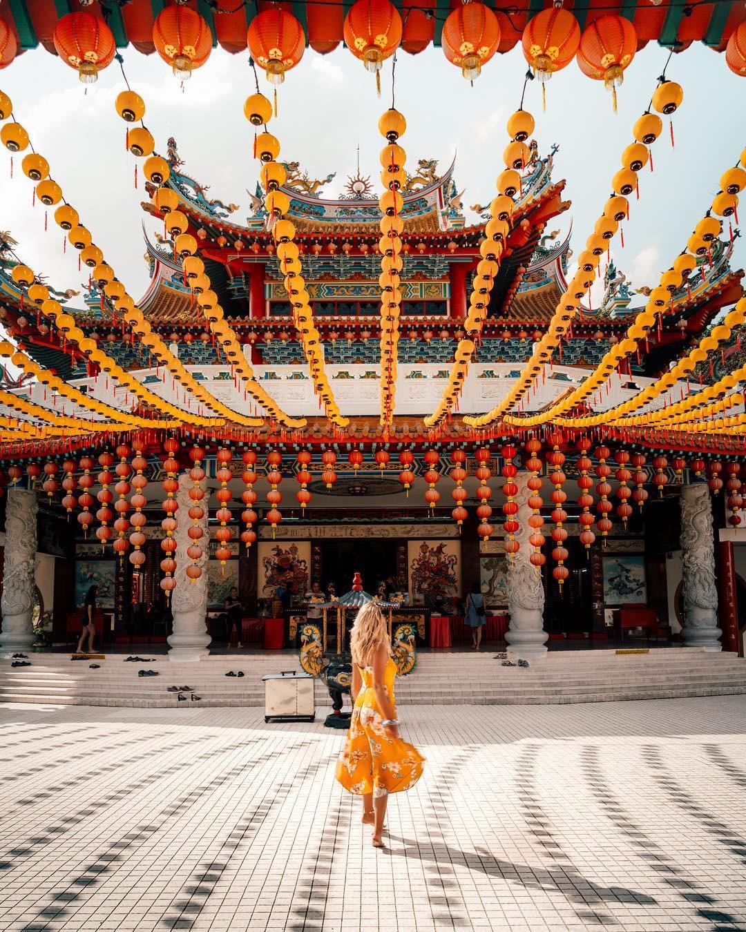 Phát hiện triệu góc check-in thần thánh ở ngôi chùa đèn lồng hot nhất Kuala Lumpur - Ảnh 14.